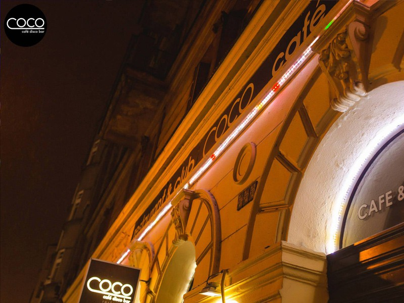 Prague tourist guide offer Coco Cafe Bar Praha image3570
