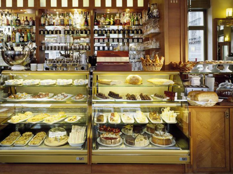 Prague tourist guide offer Café Savoy  image2004