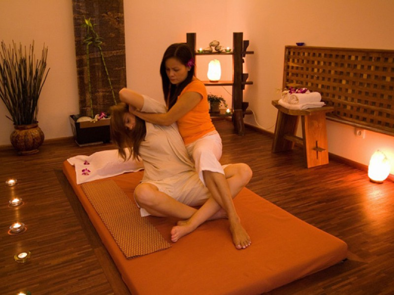 Prague tourist guide offer Ambassador Thai & Wellness Club image2557