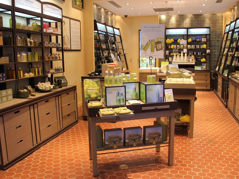 Prague tourist guide offer L'Occitane image2606