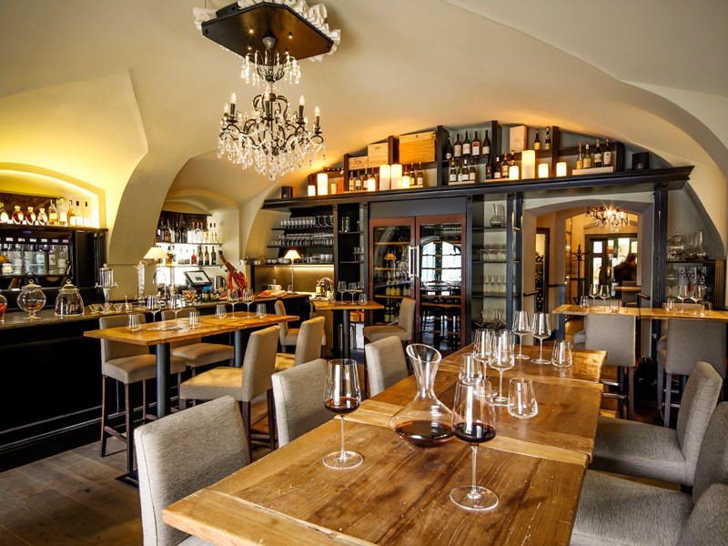 Prague tourist guide offer Grand Cru Restaurant & Bar image3905