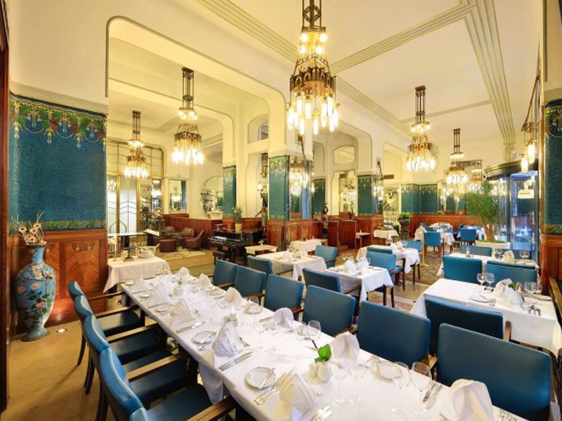 Prague tourist guide offer Sarah Bernhardt Restaurant Prague image4082