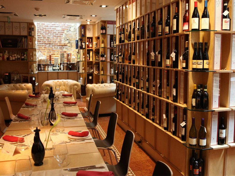 Prague tourist guide offer VinodiVino image1384
