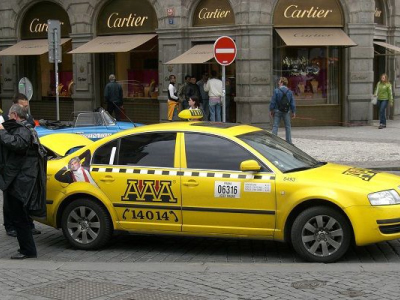 Prague tourist guide offer AAA TAXI image2818