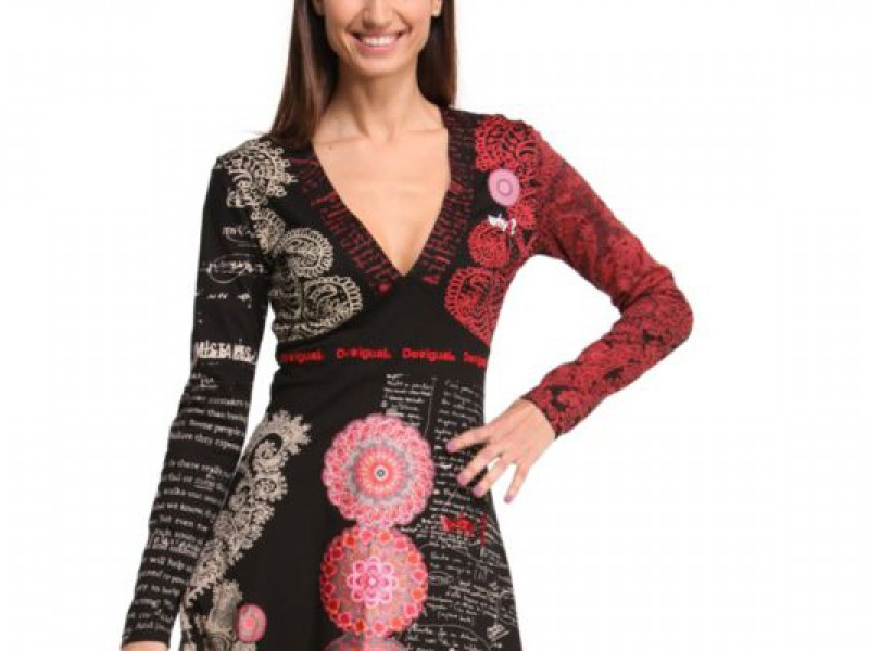 Prague tourist guide offer Desigual image3029